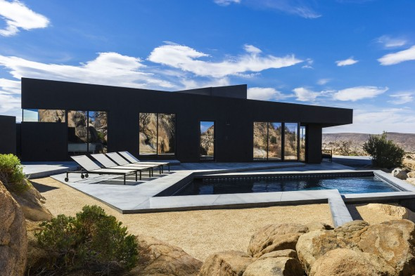 Yucca_Valley_House3-Oller_Pejic_Architecture-10-590x393