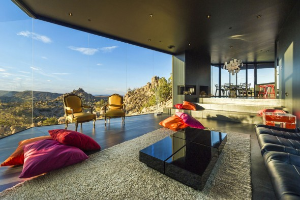 Yucca_Valley_House3-Oller_Pejic_Architecture-23-590x393