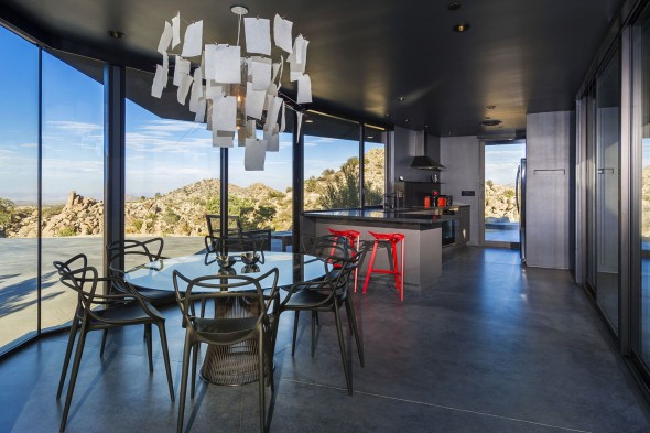 Yucca_Valley_House3-Oller_Pejic_Architecture-27-590x393
