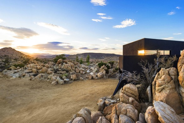 Yucca_Valley_House3-Oller_Pejic_Architecture-7-590x393