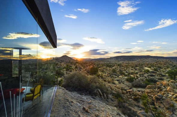 Yucca_Valley_House3-Oller_Pejic_Architecture-9-590x393