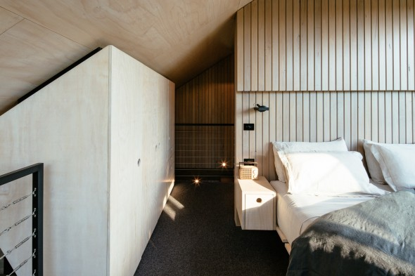 Maddison-Architects_Cabin-2_5-590x393