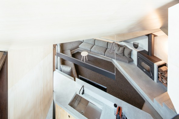 Maddison-Architects_Cabin-2_6-590x393