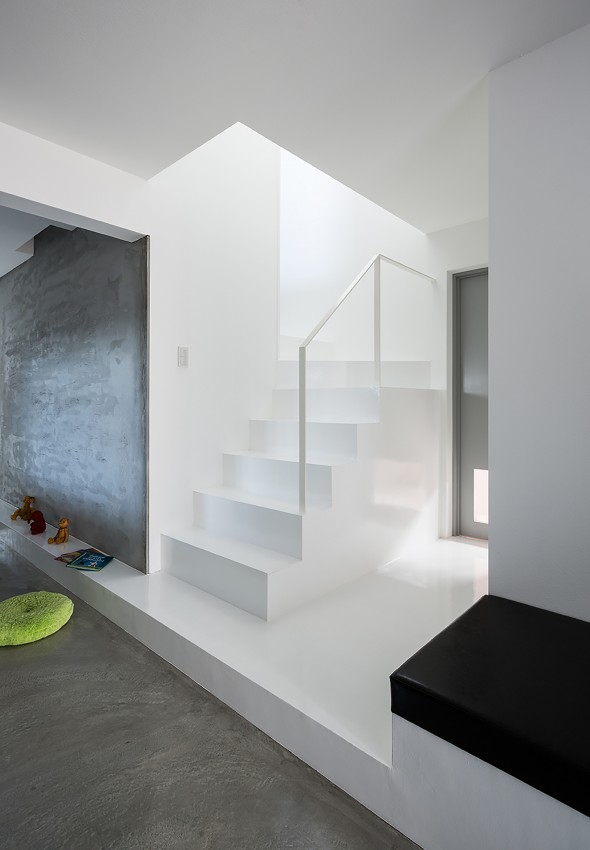 Scape_House-FORM_Kouichi_Kimura_Architects-24-590x850