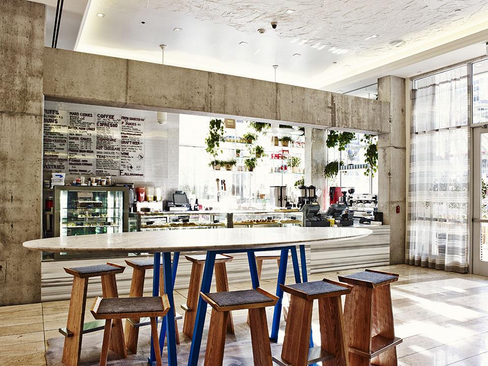 cafe-1_adrian-gaut